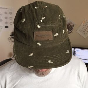 Corduroy cap by Obey